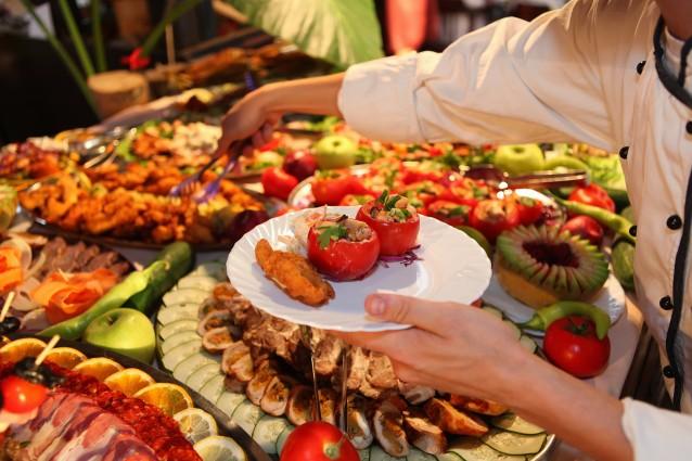 eat-healthy-in-between-parties